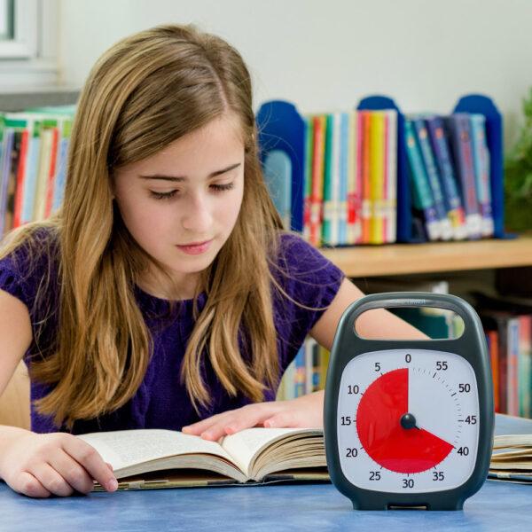 Time Timer Plus tidshjälpmedel i klassrummet